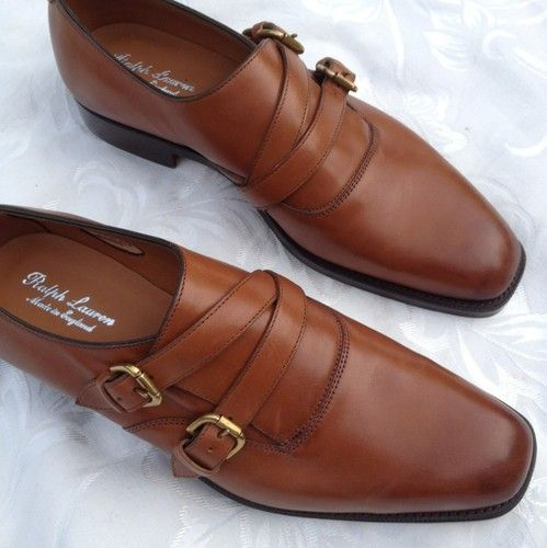 Gentlemen, the monk strap is back! This double monk strap gives a clean Italian look to any fitted suit.