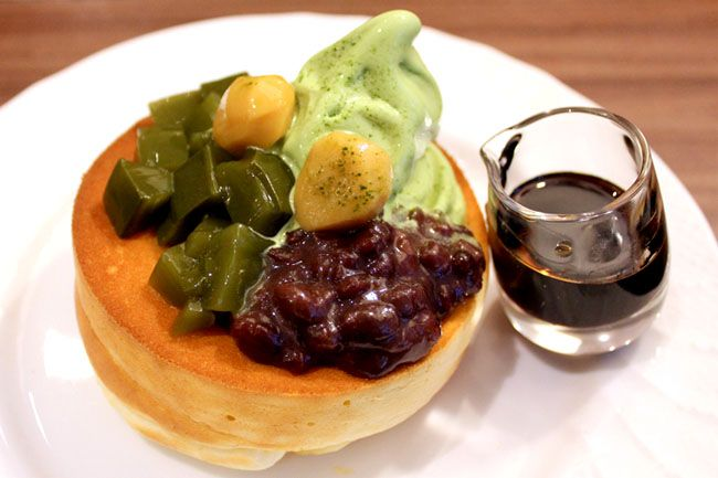 Pancake Souffle Style with Matcha and Ogura Bean Paste : Hoshino Coffee - Lovely New Japanese Restaurant Opens at Plaza Sing - DanielFoodDiary.com