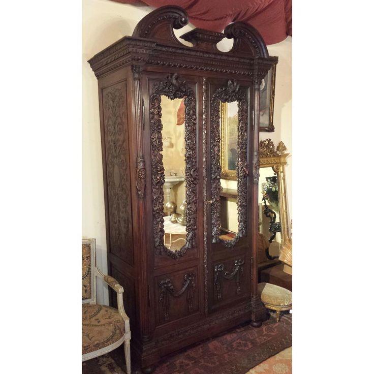 Удивительной красоты антикварный шкаф из Франции 19 век 440 000 р…