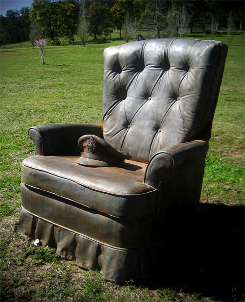 Will Coles - Memorial to the unknown armchair general