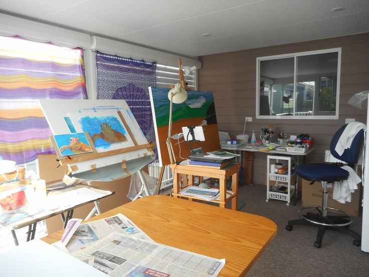 IN THE STUDIO with Carole Elliott Artist
