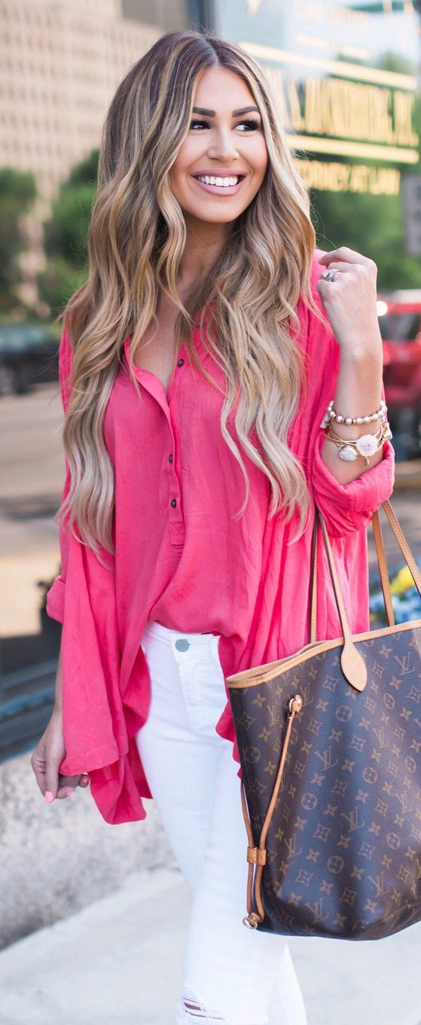 #summer #outfits  Pink Blouse + White Ripped Skinny Jeans