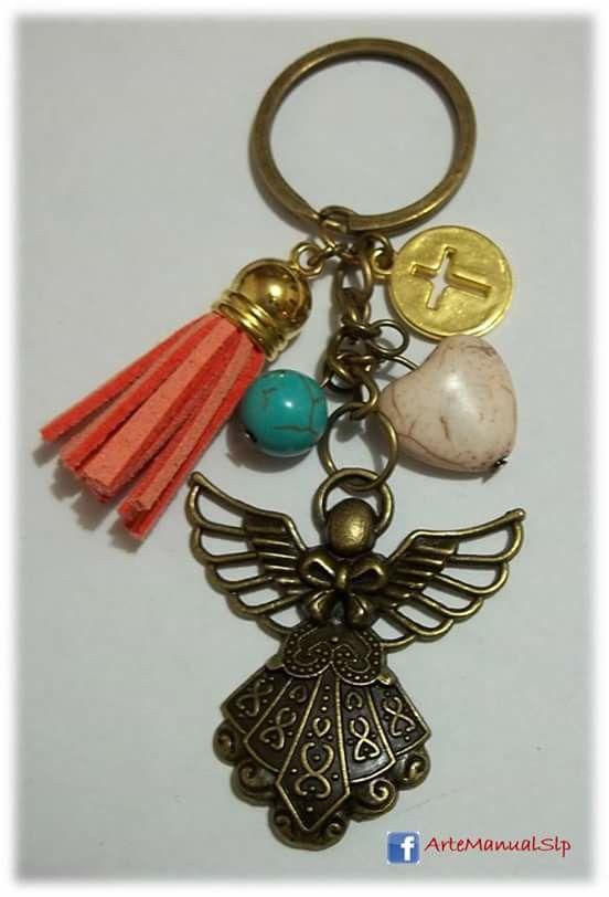 Llavero de oro viejo con angel