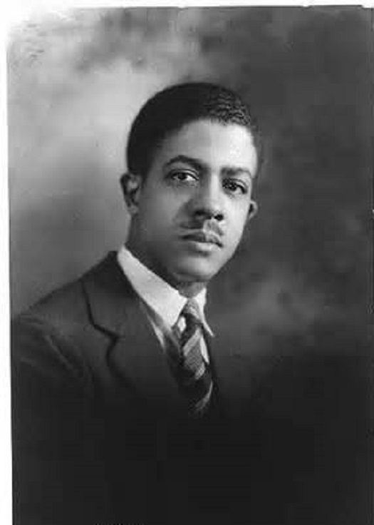 Malvin Gray Johnson: Symbolic Abstractionist During the Harlem Renaissance - http://blackthen.com/malvin-gray-johnson-symbolic-abstractionist-during-the-harlem-renaissance/