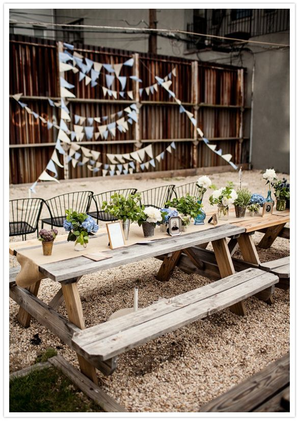 17 best images about picnic tables on pinterest picnic for How to dress a wedding table