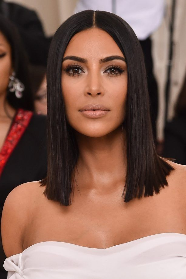 Pin By Lavida Barrios On Hair Kim Kardashian Short Hair Kim Kardashian Hair Lob Hairstyle