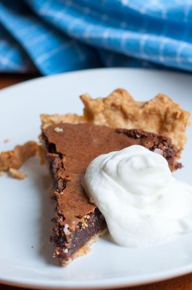 Chocolate Chess Pie ist ein Dessert-Klassiker aus den Südstaaten   Rezept von Backeifer.de