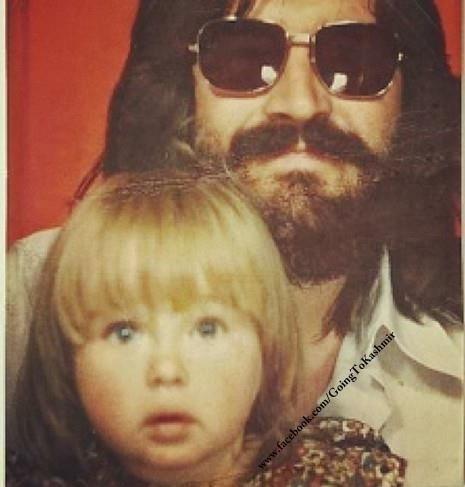 http://custard-pie.com/ Rare pic of Bonzo & daughter Zoe | Led Zeppelin…
