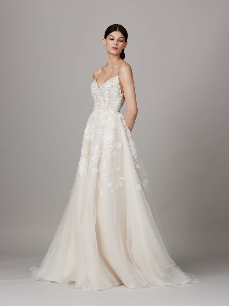 http://www.vogue.com/fashion-shows/bridal-spring-2017/lela-rose/slideshow/collection