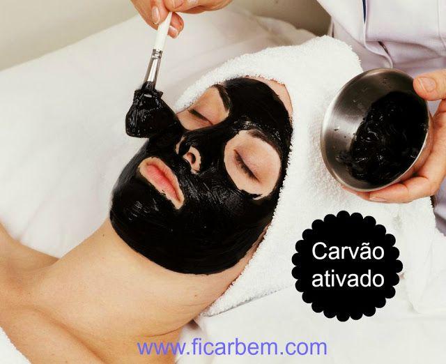 Máscara de carvão ativado para reduzir a oleosidade e mancha na pele