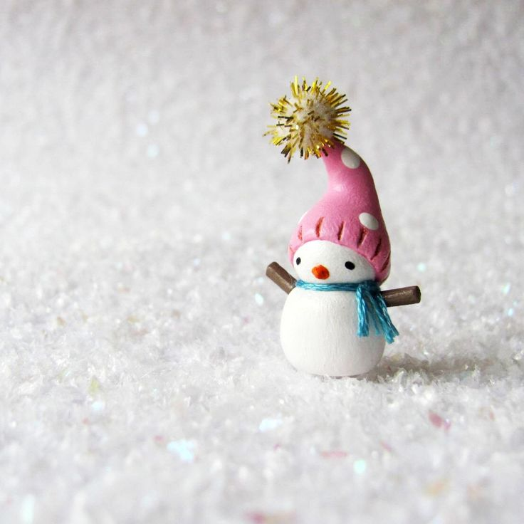 Miniature Snowman- Polymer Clay Christmas Figurine by humbleBea by humbleBea on…