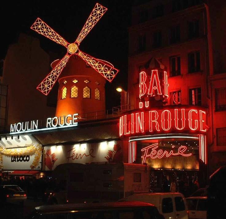 Le Moulin Rouge, Montmarte, Paris, France.