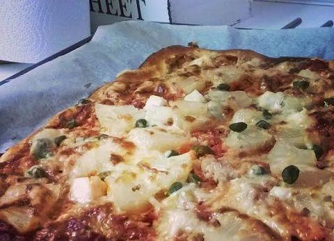Kevyt pizzapohja - huippuohje! - Smthng Good | Lily.fi