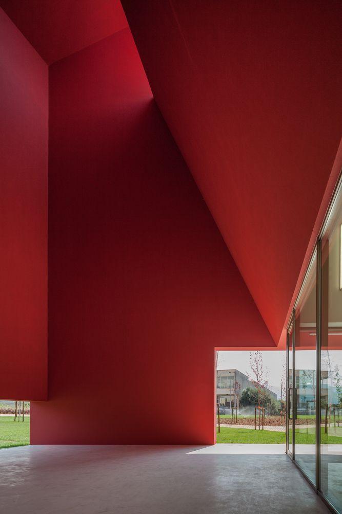 Casa das artes  Miranda do Corvo, Portugal.  by FAT Future Architecture Thinking  viajoão morgado
