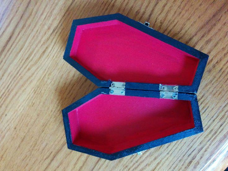 Inside ring bearer coffin