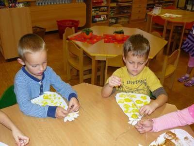 MATEŘSKÁ ŠKOLA SKŘIVÁNEK - Učíme se, tvoříme a hrajeme si s ovocem a zeleninou…
