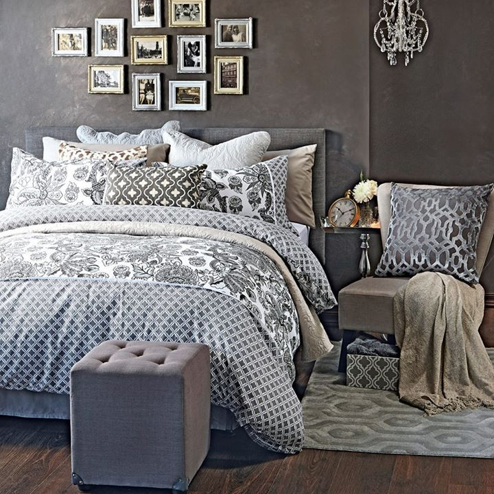 13 best mr price home images on pinterest mr price home for Bedroom wallpaper sale