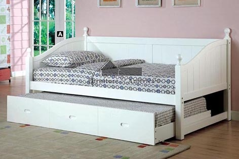 A.M.B. Furniture & Design :: Bedroom furniture :: Day Beds :: Roberta I Cottage Style Daybed with Twin Trundle in White Wood Finish