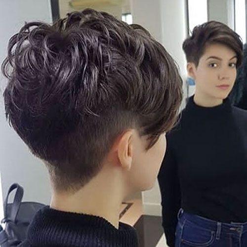 Kurze braune Frisuren für modische Frauen