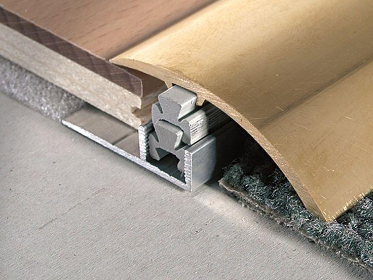 Multiclip CLF490OL este un profil de trecere realizat din alama cu latimea de 4.9cm potrivit pentru diferente de nivel cuprinse intre 12mm si 18mm