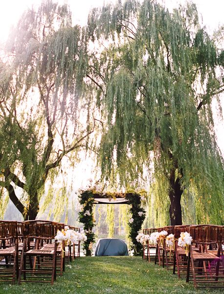 Black Swan Lake a private residence in Napa via Mint Locations. Love the willow tree with the lake as a backdrop.
