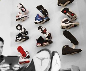 Sneaker rack. MUST HAVE for the boys room. Good DIY project. Will have to think on this one!!