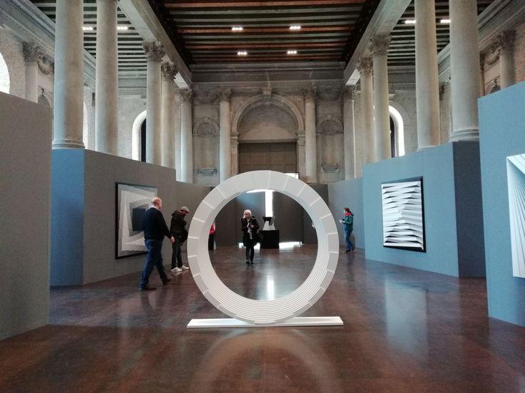 Tosetto ha fabbricato gli allestimenti per la mostra dedicata a Marcello Morandini, celebre architetto, scultore e designer italiano, alla Scuola Grande della Misericordia di Venezia che ha inaugurato il 25 marzo scorso e che rimarrà aperta al pubblico sino al 28 aprile 2018.