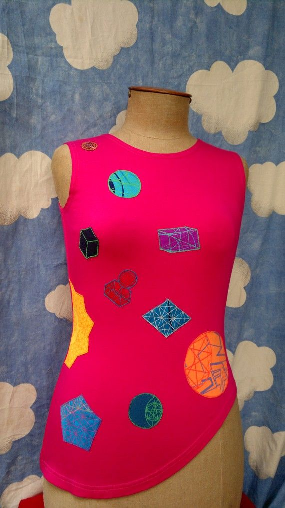 Pink Jersey Top w/ Asymetric Hem & Geometry Applique