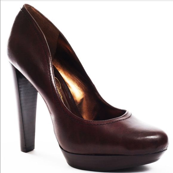 Jessica Simpson black pumps Size eight black pumps. Picture one shows brown Color, I am selling black that is in pics 2-4! Just wanted to demonstrate style with proper stock photo! Worn a handful of times and have minor leather wear similar to picture. Overall great condition. Runs true to size Jessica Simpson Shoes Heels