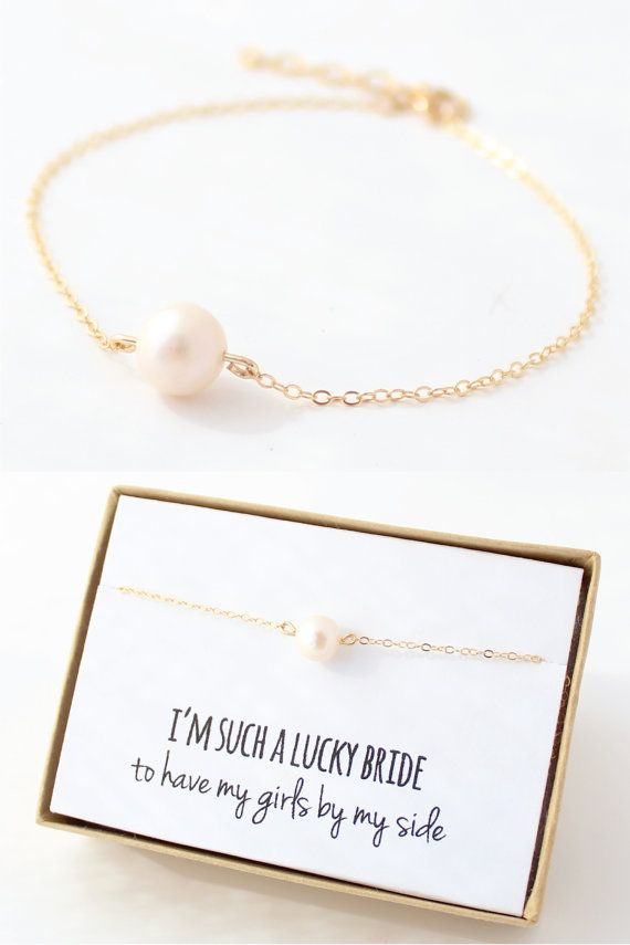 Pearl / Gold Bridesmaid Bracelet - Pearl Bridesmaid Jewelry -  Freshwater Pearl - Single Pearl Bracelet - Delicate - Bridesmaid Gift
