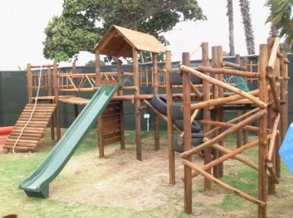 Pictures Of Jungle Gyms   Cape Jungle Kids Natural Climbing Frame