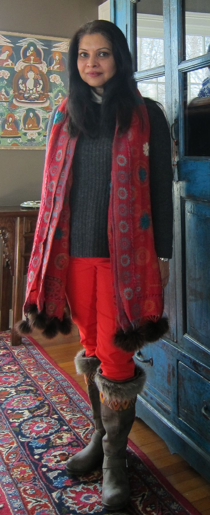J. Crew wool sweater, Uniqlo fleece top, Gap pants, fur trimmed boots boots and fur trimmed wool wrap from India - 2018