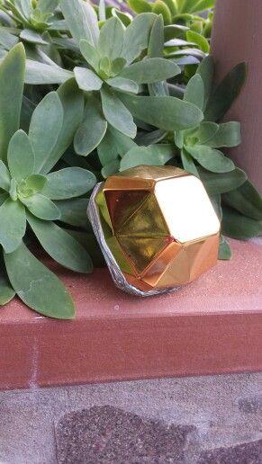 Le mie collezioni di profumi #parfum #profumi #fragranze #onemillion #pacorabanne #gold #angieclausblog http://angieclausblog.com/2014/09/26/la-ragazza-dai-mille-profumi/