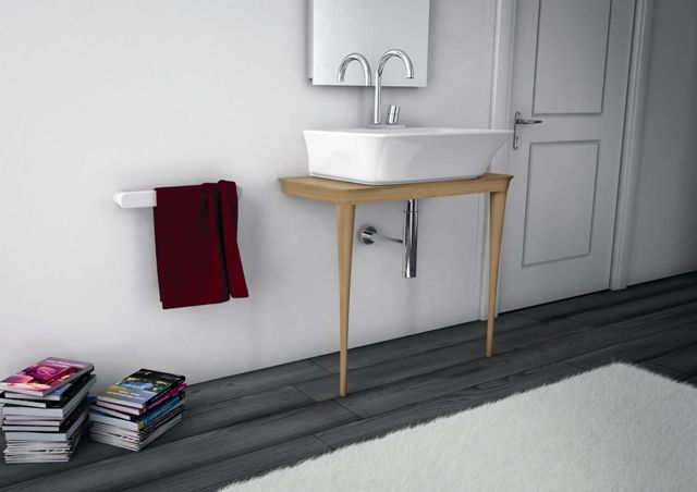 Mood, design Meneghello Paolelli Associati.  Consolle in legno disponibile in rovere, rovere sbiancato,legno laccato nero o bianco lucido / Wood furniture available in oak, whitewash oak, glossy balck or white lacquered. #consolle #bagno #bathroom #furniture #design #Arteram