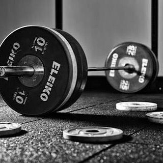 #paleo #wodlife #crossfit #reebok #ribeiraopreto #caffeineandkilos #crossfitgames #prgnex #wod #sport #gym #brasil #crossfitweightlifting #weightlifting #kauai #repost #kauaiweightlifting #teamkauai #body #fitfam #business #dance #workout #fitness #femalefitness #edm #workoutgear #dancemusic #pilates #workhardplayhard by peakpower35