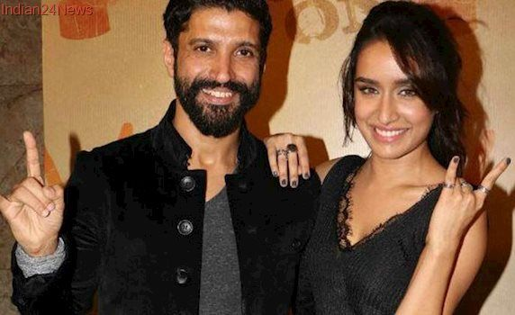Farhan Akhtar wishes Haseena Parkar, Shraddha Kapoor replies by supporting his social initiative. Read their Twitter chat