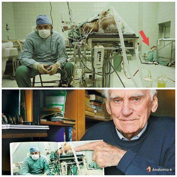 Польский кардиохирург Збигнев Релига в 1987-м году произвел операцию по трансплантации сердца. Операция продолжалась 23 часа и закончилась успешно - на фотографии Збигнев Релига наблюдает за показателями работы нового сердца пациента. Ассистент кардиохирурга настолько устал, что просто лег спать в углу операционной. #цікаве_євромедпортал
