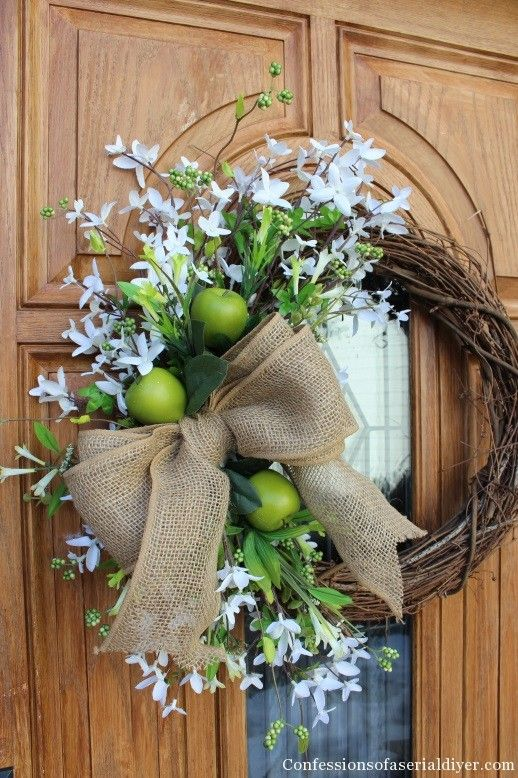 1000 images about wreaths doors on pinterest recycled. Black Bedroom Furniture Sets. Home Design Ideas