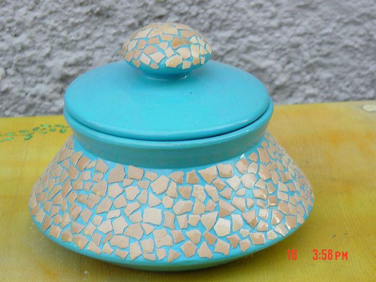 Svuotatasche con mosaico guscio d'uovo
