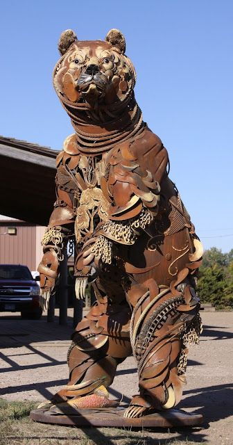Grizzly metal sculpture - plus many other sculptures