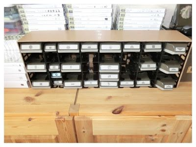 Aufbewahrung für Stanzer, gebaut aus IKEA-RIBBA-Verpackungsmüll und roher HDF, 3mm