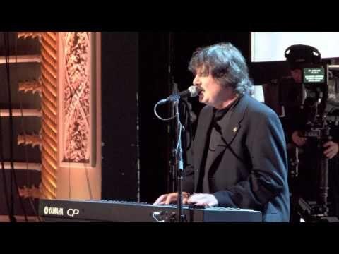 "Burton Cummings ""Heavenly Blue"" ~ In Memory of Rhoda Cummings - YouTube"