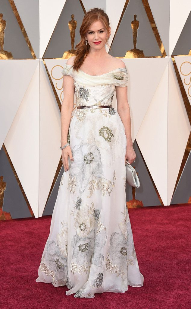 Oscars 2016: Isla Fisher attended the awards ceremony in a white with floral designed Marchesa gown.