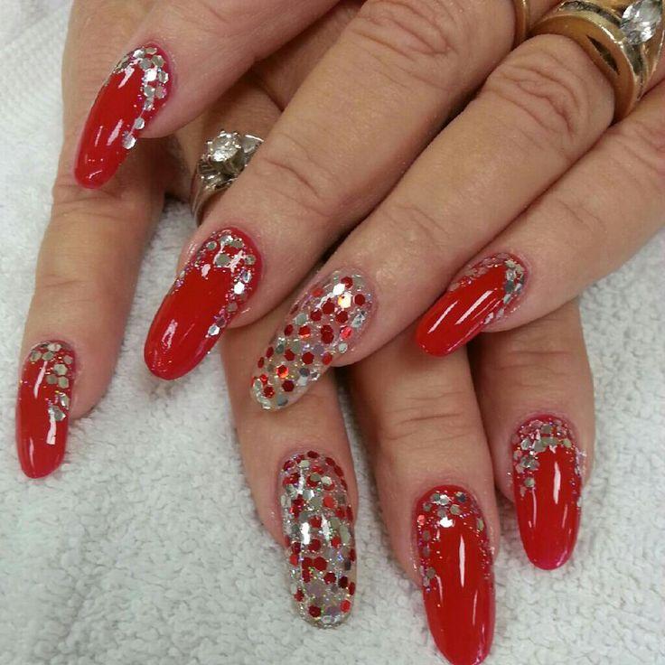 Christmas Nails Acrylic Long: Red Sparkle Christmas Nails
