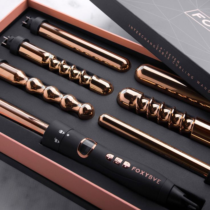 Create endless hairstyles with this set full of your holy grail styling tools. The 7-in-1 wand features seven interchangeable curling wands to help create every