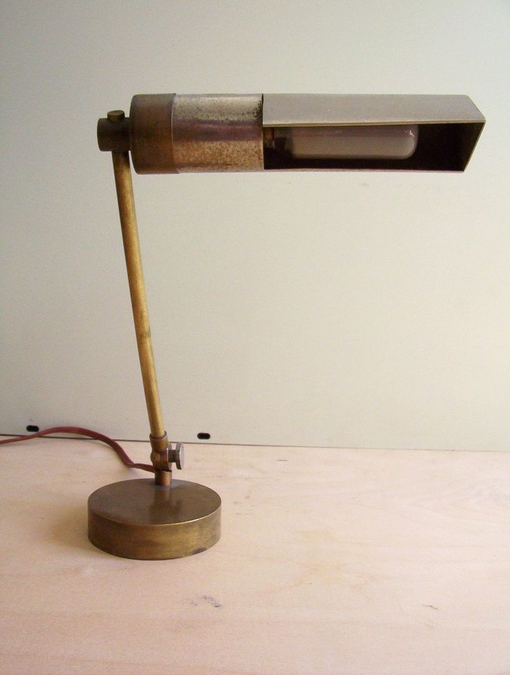 Rare 1920s W.Gispen lamp design: J.P. Oud. Status: Sold by merzbau. This lamp was originally in my collection. Sold it to De Andere Tijd.