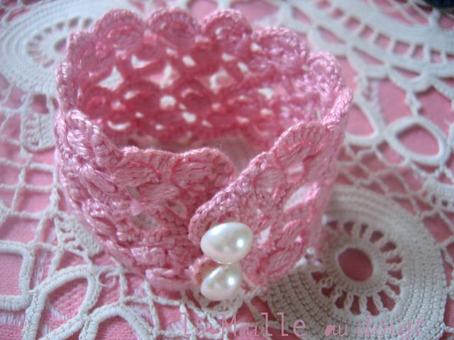 Free Crochet Wedding Jewelry Patterns : 1000+ ideas about Crochet Bracelet Pattern on Pinterest ...