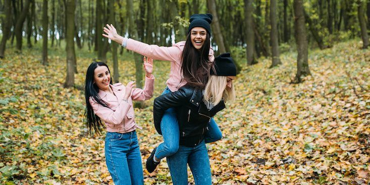 11 Adorable Best Friend Dates That Are Perfect For Pumpkin Spice Latte Season  http://stylexotic.com/11-adorable-best-friend-dates-that-are-perfect-for-pumpkin-spice-latte-season/