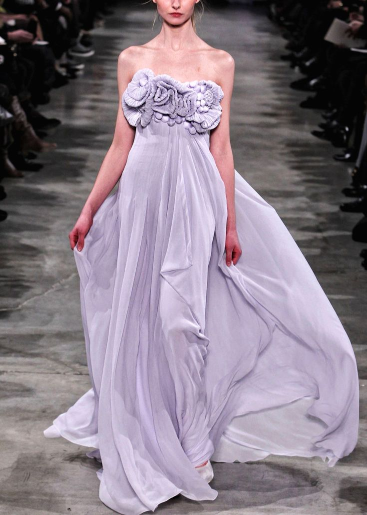 G. Hobeiko flowing gown with floral bodice #gowns #fashion #style #design #hautecouture #couture
