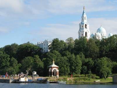 """Venäjän """"kansan armeijan miehet"""" valmiina auttamaan Suomea Natoon liittymisen sijaan – """"Meillä on kunnon aseet"""""""
